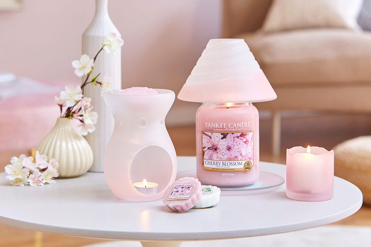 Aromalampa a vonné vosky Yankee Candle)